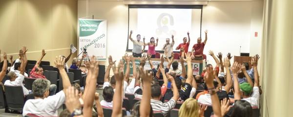 Farmacêuticos garantem reajuste de 10% na campanha salarial