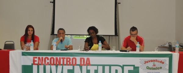 Jovens debatem políticas públicas
