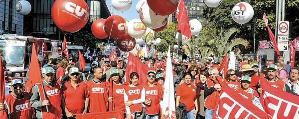 País para pela pauta dos trabalhadores