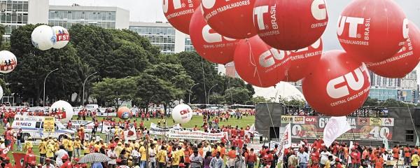 Trabalhadores lutam por direitos
